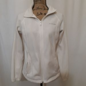Columbia white fleece coat. MED. BOGO